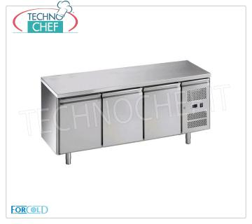 3-door refrigerated table, temp. -2 ° + 8 °, for gastronomy 3 PORTE refrigerated table with neutral drawer, FORCOLD, 417 liters, operating temperature -2 ° / + 8 ° C, ventilated refrigeration, V.230 / 1, Kw.0,35, dim.mm. 1795x700x850h
